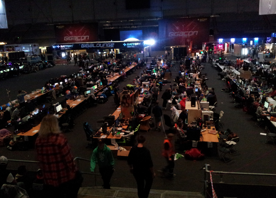 (The view of the LAN area at Gigacon)